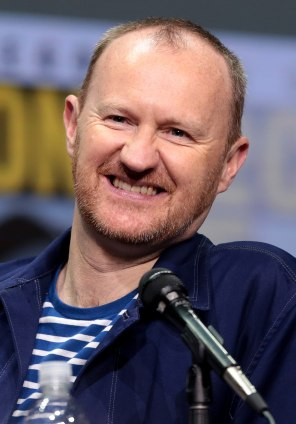 1200px-Mark_Gatiss_by_Gage_Skidmore_2.jpg