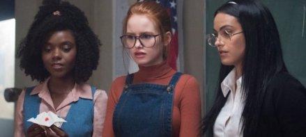 Riverdale-saison-3-Archie-Veronica-et-Betty-se-mettent-dans-la-peau-de-leurs-parents-dans-l_épisode-4-big