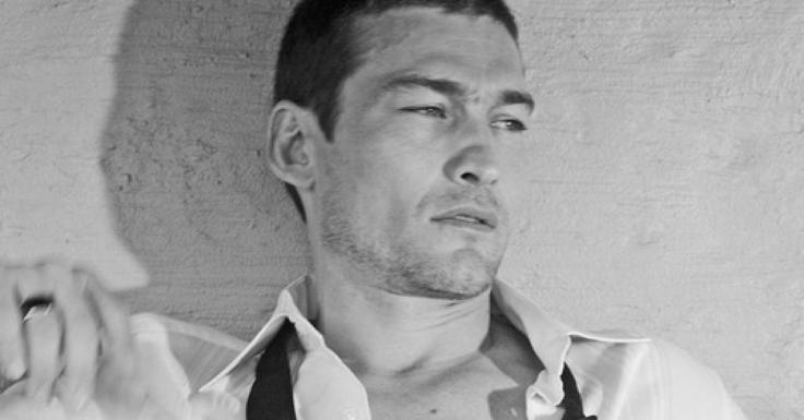 andy-whitfield-noir-et-blanc-image-321765-article-facebook.jpg